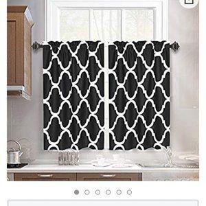 Curtains 29x36
